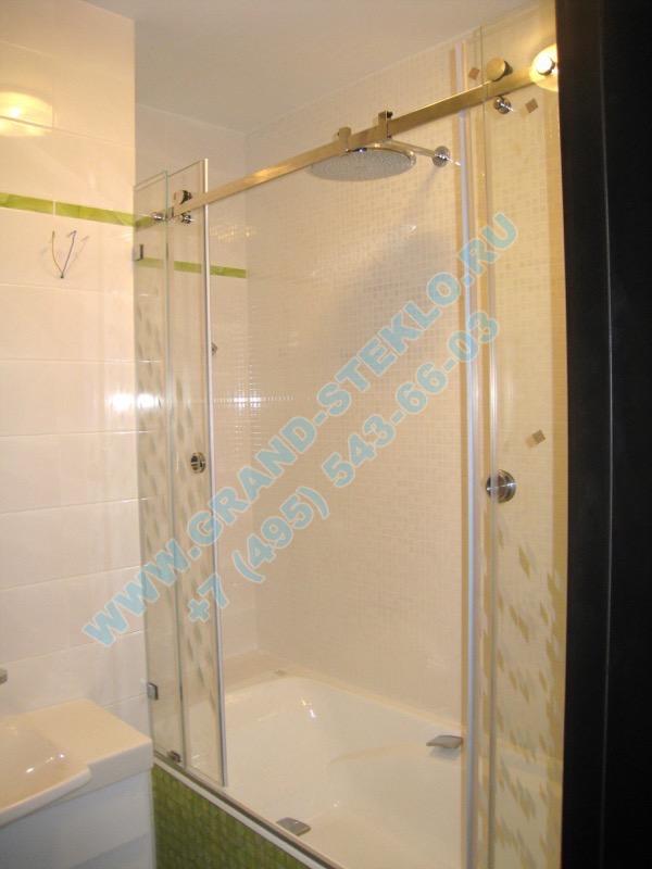 раздвижная душевая кабина из стекла на ванну